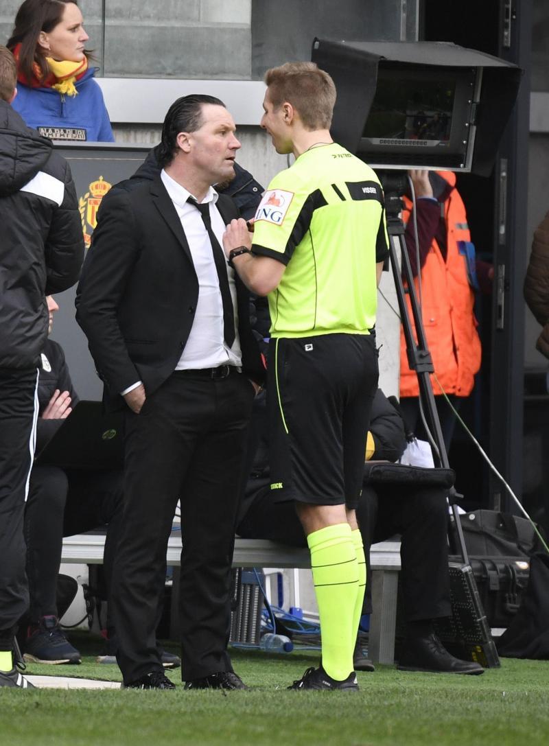 : Tension au KV Malines: le match contre le Beerschot a été arrêté (photos)