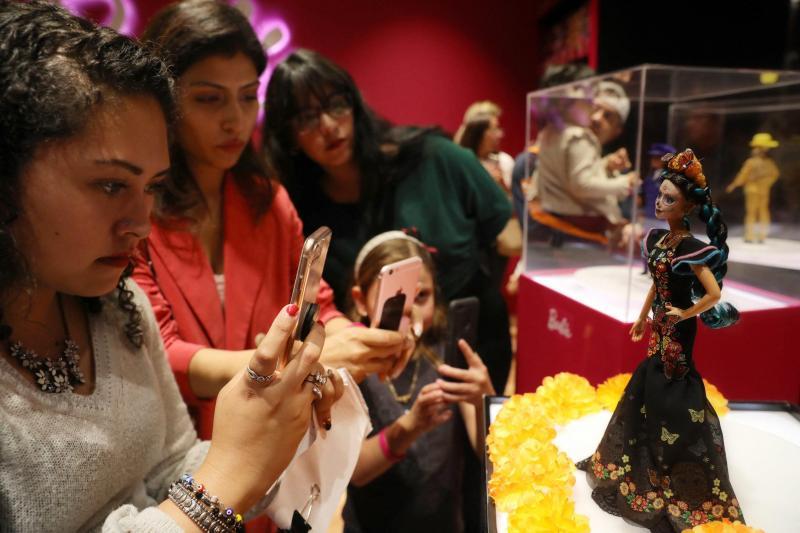 Une nouvelle poupée Barbie pour célébrer le Jour des morts mexicain (photos)