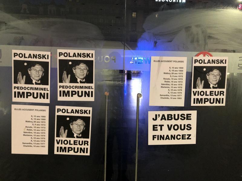 Pokanski accusé de viol: une action coup de poing dans les cinémas bruxellois (photos et vidéo)