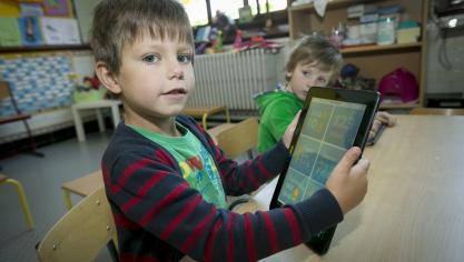 Les jeunes, divisés par la fracture numérique
