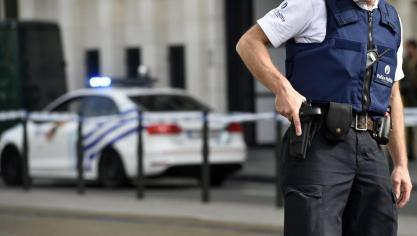 Liège: un individu recherché pointe une arme sur des policiers