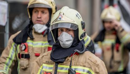 Bruxelles: le toit du Palais 6 a pris feu à la suite du feu d'artifice